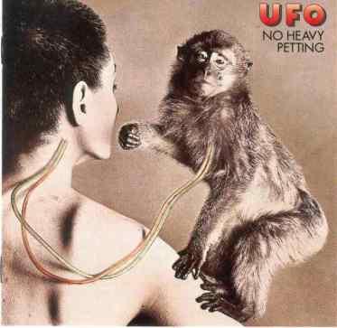 118-ufo-no-heavy-petting