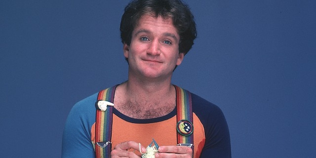 Robin Williams poses for Mork & Mindy.