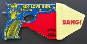 KISS LOve Gun toy open