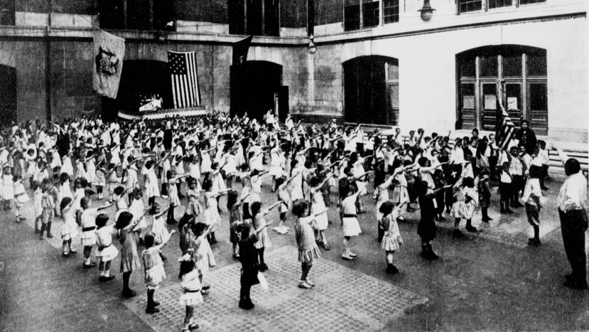 Bellamy_salute_1915