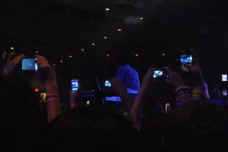 cellphone concert