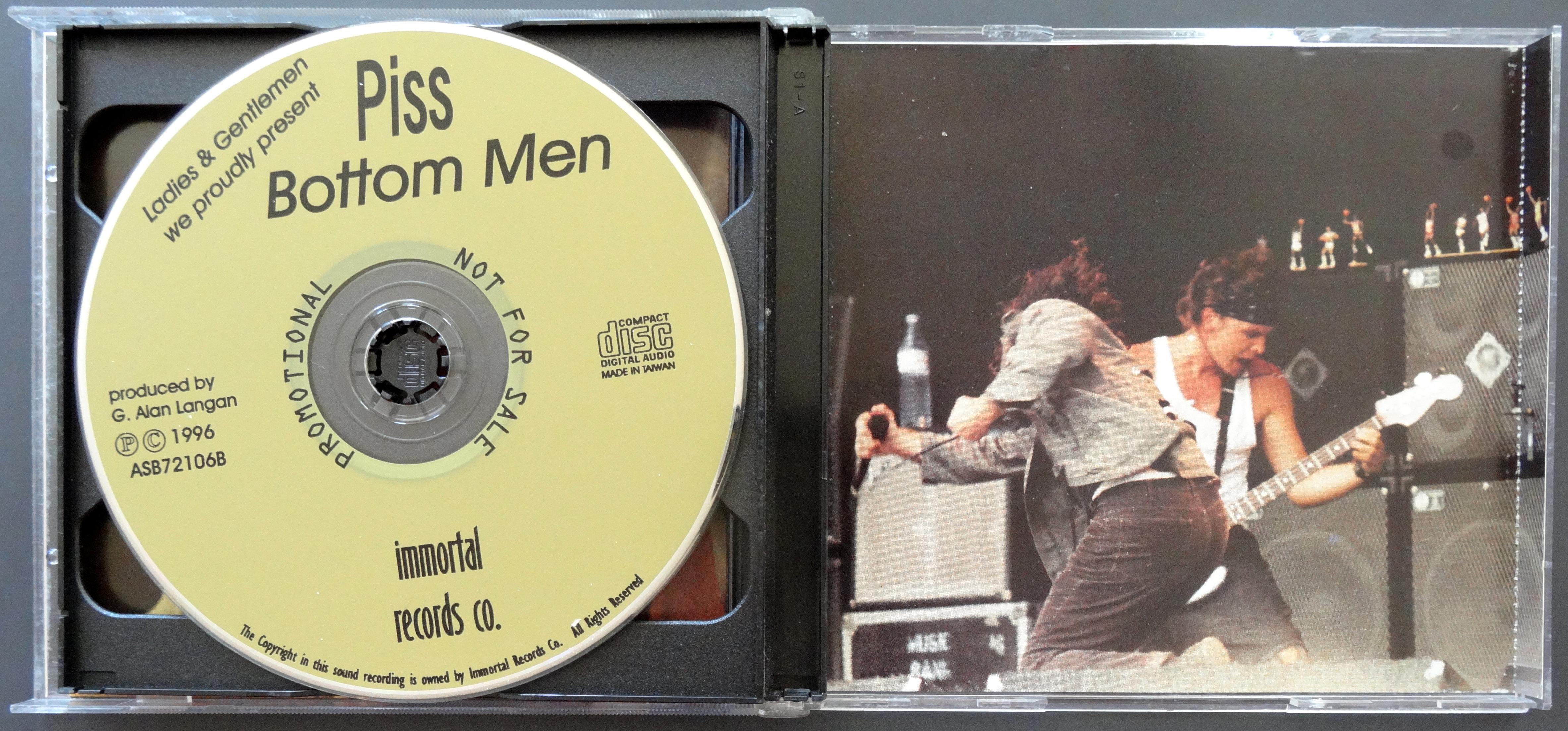 From the Stacks: Pearl Jam Bootlegs – Why It Matters