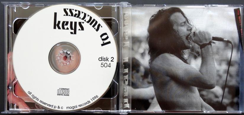 Pearl Jam Keys to Success disc 2
