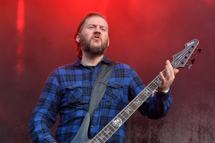 Seether3