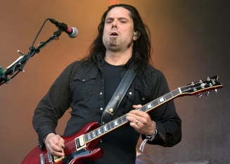 Seether6