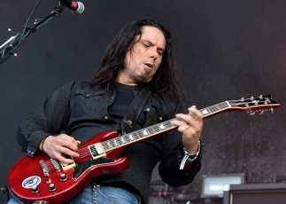 Seether9